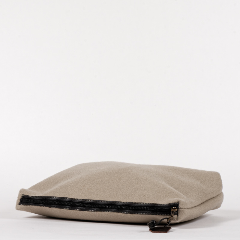 pochette oversize laine profil